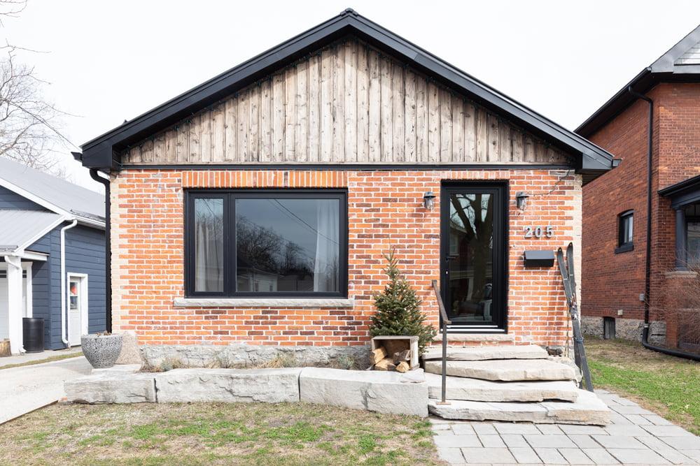 Westlake Home 205 Beech Collingwood Ontario